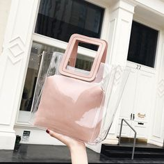 Pink Shopper Bag Vintage Beach Tote #outfitoftheday #lookoftheday #fashionblogger #photooftheday #pvc #bucketbag #clearbagtrend #pvcbag #pvcbagtrend #clearbag #clearpurse #handbag #handbagaddict #purseaddict #bagtrendy #bagtrends