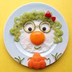 Grandma breakfast by 🌸ELSA🌸 (Creative-Fun) - Calculating Infinity Food Art For Kids, Cooking With Kids, Art Kids, Toddler Meals, Kids Meals, Childrens Meals, Creative Food Art, Food Carving, Food Decoration