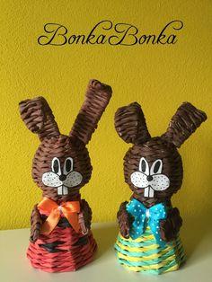 Imagini pentru navod na podkovu master klass About Easter, Paper Weaving, Diy Ostern, Newspaper Crafts, Art N Craft, Paper Basket, Egg Hunt, Easter Crafts, Quilling