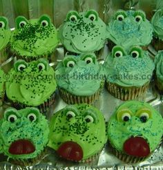 Take a look at the coolest homemade Frog cupcakes. You'll also find loads of homemade cake ideas and DIY birthday cake inspiration. Frog Cupcakes, Green Cupcakes, Green Cake, Animal Cupcakes, Cupcake Cakes, Diy Birthday Cake, Homemade Birthday Cakes, Homemade Cakes, Green Frog