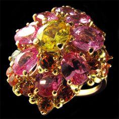"Joyas: un verdadero arte... 💎 ""Cuando miramos las joyas, vemos... sólo piedras, oro, corte y pulido. El joyero ve toda la historia...!! "" Gian Lorenzo Bernini"