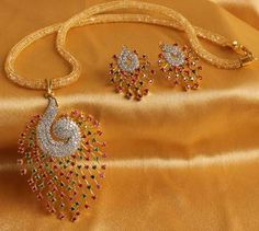 Find wide range of fashion jewellery, imitation, bridal, artificial, beaded and antique jewellery online. Buy imitation jewellery online from designers across India. Call us on [phone] now to resolve your queries. 24k Gold Jewelry, Mens Sterling Silver Necklace, Clean Gold Jewelry, Gold Jewellery Design, Fashion Jewellery, Swarovski Jewelry, Silver Ring, Quartz Jewelry, Designer Jewellery