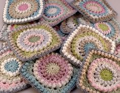 Circle of Friends Granny Square Rug Progressbyannettleon Flickr.  Loving the stitch and pastel colour work! Fab.