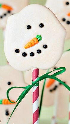 Easy Melted Snowman Lollipops