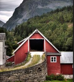 Gorgeous barn in a beautiful setting