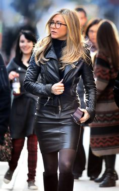 Handmade Jennifer Aniston in Leather Jacket Black real leather jacket women& Leder Outfits, Leather Jacket Outfits, Leather Skirt, Leather Dresses, Leather Jackets, Estilo Jennifer Aniston, Celebridades Fashion, Look Fashion, Womens Fashion