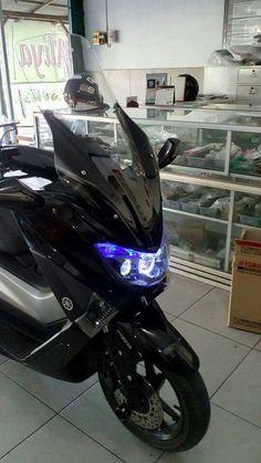 credit to Hermawan Adicandra Yamaha Nmax, Cars Motorcycles, Cool Cars, Volkswagen, Bike, Vehicles, Cars, Motorcycles, Motorbikes