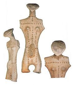 Japanese Wonder ceramic figurine. B.C.4,500 - 3,300 This figurine was unearthed on Fujisawamati Iwate Japan.