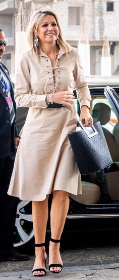 Queen Maxima, Celebs, Celebrities, Royal Fashion, Netherlands, Classy, Ding Dong, Street Style, Royal House