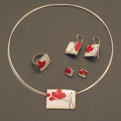"""Silver: """"Poppy"""" Enameled Silver Pendant - schmuckwerk-shop.de"""