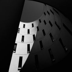 In his series Monoscapes, german photographer Nick Frank, which has been previously featured for his great photographs enhanced the architecture by focusing on Photo D'architecture, Architectural Photographers, Urban Photography, Black And White Photography, Modern Architecture, Behance, Munich, Lights, Patterns