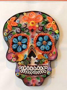 paper quilling - Sugar Skull Paper Quill, Day of the dead art Quilled Paper Art, Paper Quilling Designs, Quilling Paper Craft, Quilling Patterns, Quilling Ideas, Quilling Supplies, Neli Quilling, Origami, Quilled Creations