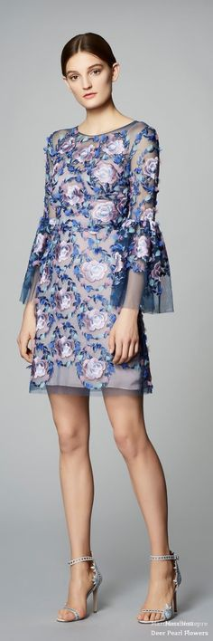 Marchesa F-17: evening dress with flowers.