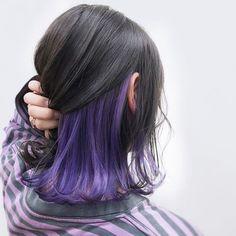 purple uploaded by 쥬 on We Heart It Hair art Hair Color Streaks, Hair Color Purple, Hair Dye Colors, Cool Hair Color, Hair Highlights, Purple Peekaboo Hair, Hair Tips Dyed Purple, Peekaboo Color, Blonde Streaks