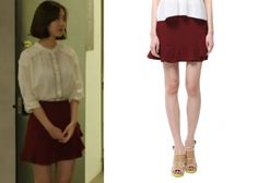 "Jin Se Yeon in ""Doctor Stranger"" Episode 19.   O'2nd Pinto Skirt in Wine #Kdrama #DoctorStranger #닥터이방인 #JinSeYeon #진세연"