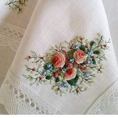Wonderful Ribbon Embroidery Flowers by Hand Ideas. Enchanting Ribbon Embroidery Flowers by Hand Ideas. Cushion Embroidery, Silk Ribbon Embroidery, Rose Embroidery, Learn Embroidery, Embroidery For Beginners, Embroidery Techniques, Cross Stitch Embroidery, Embroidery Patterns, Embroidery Supplies