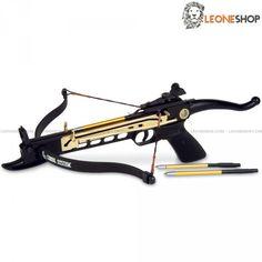 Pistola Balestra Cobra 80 Libbre MAN KUNG, balestre professionali da tiro con manico anatomico a pistola per avere una presa salda e sicura, corpo in alluminio con arco in fibra, mirino, regolatore e corda in poliestere - Lunghezza 49,5 cm - Lunghezza Arco 43,2 cm - Peso 0,9 Kg - Potenza di tiro 80 Libbre - Velocità 48,8 m/s - completa di 3 dardi con corpo in alluminio e punta in metallo