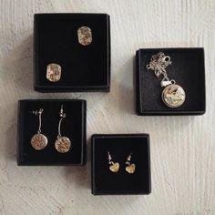 Biżuteria Fanny&Franz to z pewnością oryginalny prezent dla Nauczycieli w Dniu ich Święta.  Dla Pań mamy niepowtarzalne kolczyki i wisiorki, a dla Panów spinki.  #jewellery #gift #dzieńnauczyciela #fannyandfranz #forumody #showroom #polishdesigners #krk #krakow