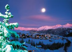 Reserve Relaxing Holiday in the Austrian Ski Resort of Serfaus. Serfaus Tourist Information and Travel Guide to Book Your Hotel Accommodation. Relaxing Holidays, Ski Holidays, Ski Vacation, Vacation Spots, Austrian Ski Resorts, Snow Resorts, Hotels, Tourist Information, Seen