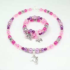 'I Love Horses' necklace and bracelet making kits.  So much fun to make and sooo pretty to wear!