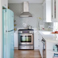 Talking about dream kitchens and chimney-style range hoods. (photo by Pinecone Camp)