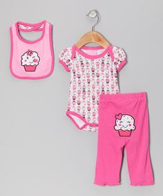 Coo little cuties with this versatile set and keep them covered in adorable comfort. Snaps on the bodysuit and elastic on the pants allow for easy changing, while the bib secures mess-free mealtimes. With the appliqués and delightful print, this mix is too precious to pass up.