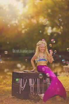 Internationally published, award winning wedding and portrait photographer based out of Northeast Texas, available for travel. Specializing in child photographer and one-of-a-kind elaborately themed mini sessions.
