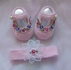 Baby Doll Shoes, Crochet Baby Sandals, Booties Crochet, Baby Girl Crochet, Crochet Baby Shoes, Crochet Baby Booties, Crochet Slippers, Crochet Doll Tutorial, Hello Kitty Purse