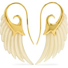 Noor Fares Wing 18-karat gold horn earrings, Women's (34.933.620 IDR) ❤ liked on Polyvore featuring jewelry, earrings, gold, horn jewelry, polish jewelry, horn earrings, wing jewelry and carved jewelry