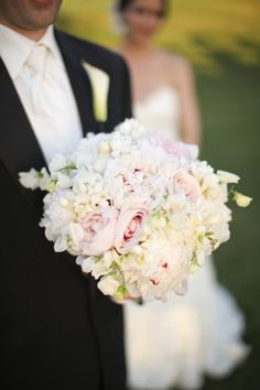 Pink-Rose-and-Peony-Bouquet