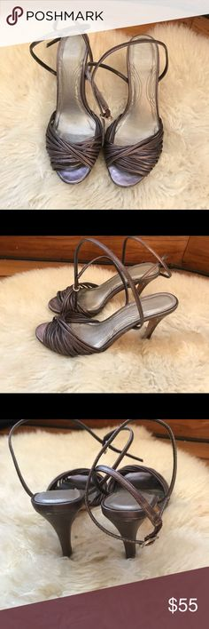 Aldo sandals (pre-loved) Gently used dark pewter color sandals. Size 36 (6 USA) but can fit 5.5 rubs a bit small and made in Brazil. Aldo Shoes Sandals