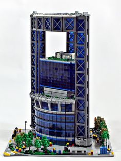 Minecraft City, Lego City, Lego Skyscraper, Lego Studios, Modern House Floor Plans, Minecraft Architecture, Lego Construction, Lego Modular, Cool Lego Creations