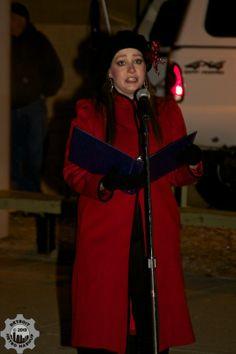 Melanie Arands welcomes us to the Pontiac Tree of Hope lighting  photo credit: Detroit Metro Mashup