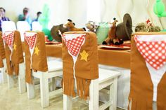 Have a buckin' bronco birthday? This Little Cowboy Birthday Party at Kara's Party Ideas has the best cowboy food, party ideas and more! Cowboy Birthday Party, Cowboy Party, Birthday Party Themes, Little Cowboy, Cowboy And Cowgirl, Cowboy Food, Cowgirl Photo, Western Parties, Farm Party