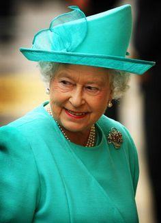 Queen Elizabeth, 2008..Uploaded by www.1stand2ndtimearound.etsy.com