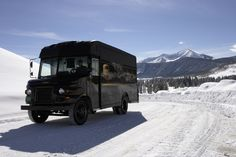 We're hiring seasonal drivers for our peak time of year. Check out the UPS job site for more details and apply today! http://m.jobs-ups.com/ #UPSjobs