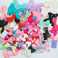 CLEARANCE BULK BUY RANDOM MIXED RESIN FLATBACK BOWS CHOOSE AMOUNT CRAFT DIY KIT