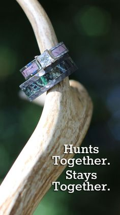camo wedding rings at camokix.com - Realtree and Mossy Oak for couples that love to hunt
