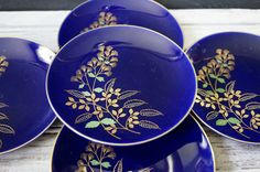 5 Cobalt and Gold Japanese Plates by momentofnostalgia on Etsy. Home & Living  Kitchen & Dining  Dining & Serving  Plates  blue  flowers  japan  epsteam  green  leaves  signed vintage  momentofnostalgia  small  asian