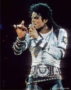 1988 Bad Tour--love the photo effects
