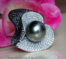 Luxury Jewel: Terrific Tahitian Pearl Ring with Black & White Diamonds WG-18K