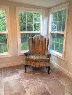 Before photo of the sunroom.