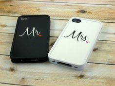 <3 10 Cute iPhone Cases for Couples