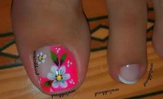 66 New ideas nails art cute flower Pedicure Designs, Toe Nail Designs, Acrylic Nail Designs, Black Nail Designs, Acrylic Nails, Gel Nails, Pretty Toe Nails, Cute Toe Nails, Toe Nail Art