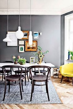 Love the art wall -- would be perfect in our dining room. my scandinavian home: Fabulous spaces by Johanna Pilfalk Living Room Grey, Interior Design Living Room, Sweet Home, Bentwood Chairs, Scandinavian Home, Dining Room Design, Dining Rooms, Dining Area, Dining Table
