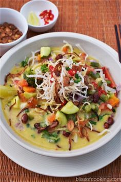 Khow Suey (Noodles in Coconut Curried Sauce)