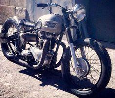 Triumph | Bobber Inspiration - Bobbers and Custom Motorcycles | cafuneus October 2014