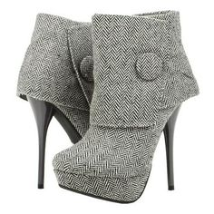 Grey Fabric Button Platform Stiletto Boots Ankle Booties US Size OMG Grey Vintage Boots Stiletto Heel Ankle Booties with Platform [. Buckle Ankle Boots, Ankle Booties, Bootie Boots, Shoe Boots, Grey Booties, Shoes Heels, Dress Boots, Ankle Straps, Fashion Mode