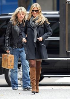 Jennifer Aniston, Friends, knee high boots, classy woman, straight blond hair