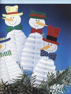 Papierschneemänner gefaltet Source by Winter Crafts For Kids, Winter Fun, Winter Theme, Art For Kids, Christmas Projects, Winter Christmas, Kids Christmas, Snowman Crafts, Holiday Crafts